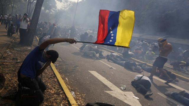 Venezuela: FMI prevê queda de 68% do PIB até 2023