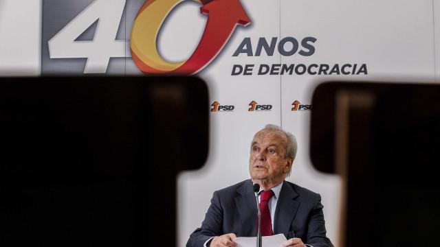 """Crise """"não é de direita nem de esquerda"""" mas do sistema político"""