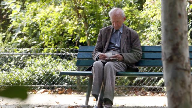 Novo valor das pensões pago em agosto com retroativos