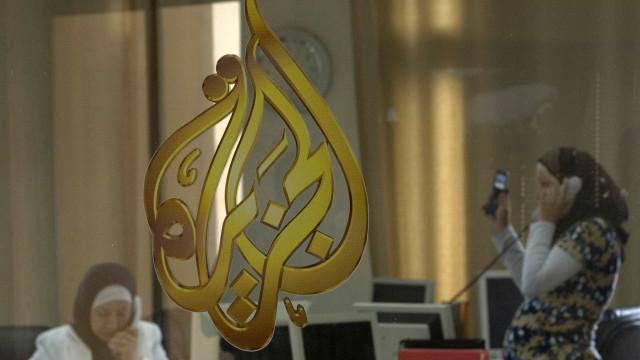 """Sauditas e aliados """"querem sufocar liberdade de imprensa no mundo árabe"""""""