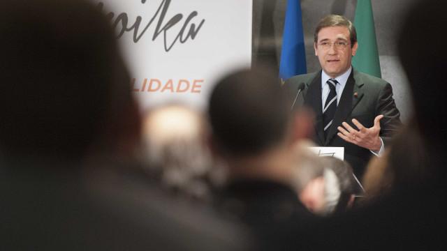 """""""Há muita cigarra na política portuguesa"""". Decisões ficam para o PSD"""
