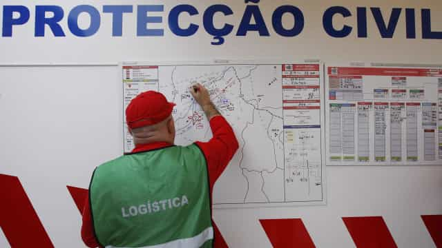 Fogo em Braga dominado em 90%. Amarante preocupa Proteção Civil