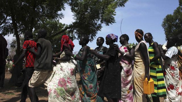 """Médico humanitário defende maior apoio para """"organizações competentes"""""""