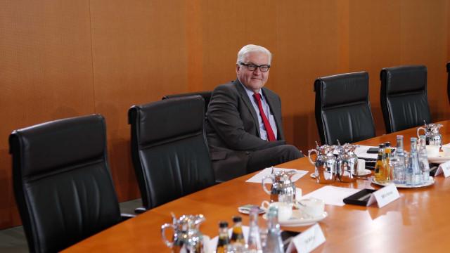 Presidente alemão cancela visita após falhas para formar Governo