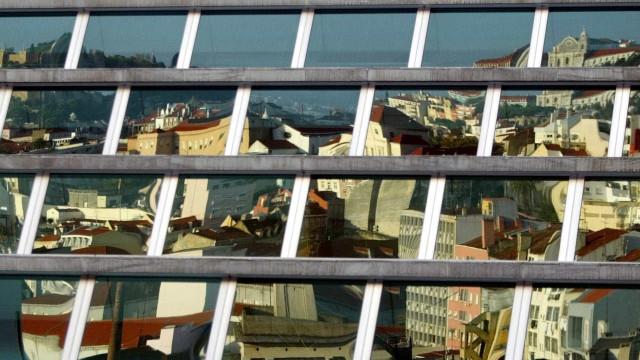 Museu da Cidade expõe 30 fotografias gigantes de Lisboa vista do Tejo