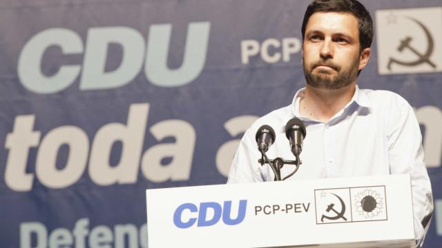 Táxis: PCP quer que Câmara de Lisboa se pronuncie sobre o protesto