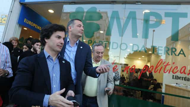 MPT pede processo disciplinar contra eurodeputado José Inácio Faria