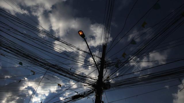 Regulador propõe três concessões para a distribuição de eletricidade