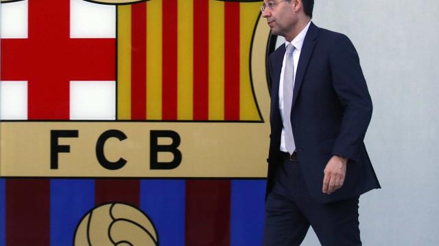 Jogo à porta fechada provoca três demissões na direção do Barcelona
