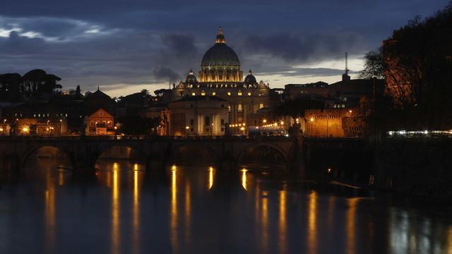 Poesia do autor da Capela Sistina inaugura a coleção 'Itálica'