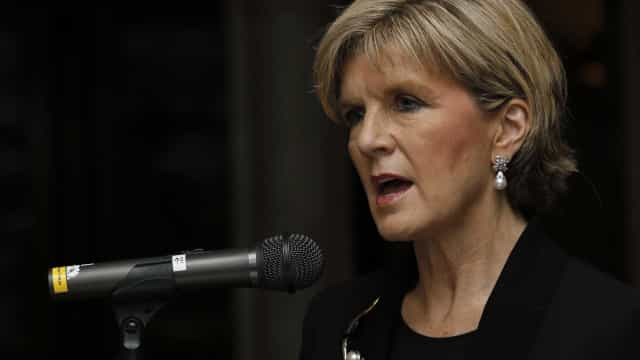 Ministra australiana diz que rapazes podem sair em grupos de quatro
