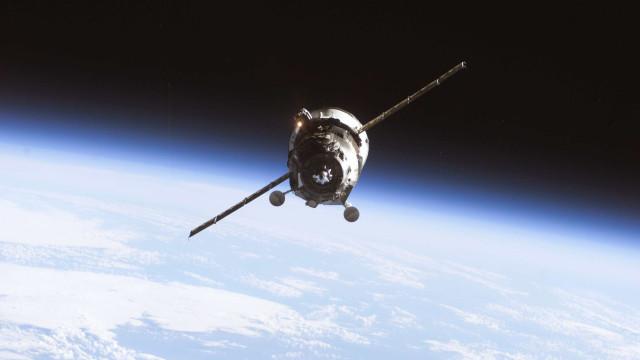 Ariane, Virgin e Roscosmos na 'corrida' ao porto espacial dos Açores