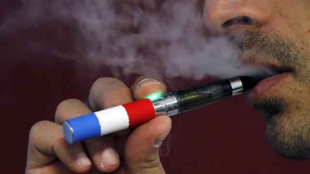 Alerta para níveis epidémicos de dependência de cigarros eletrónicos