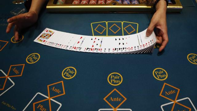 Receitas dos casinos de Macau sobem 22% em março