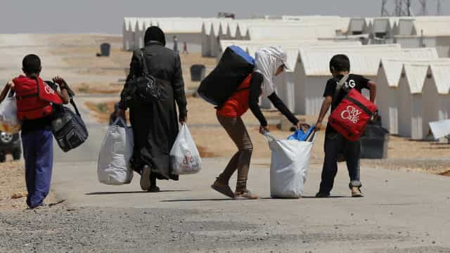 Primeira ajuda humanitária desde janeiro chega a campo de deslocados