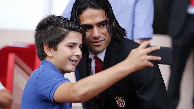 Football Leaks: United-Monaco, um amigável de milhões... que não existiu