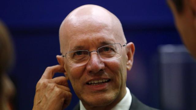 "Taxa de crescimento vai ""inevitavelmente desacelerar"""