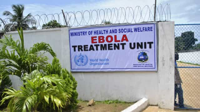 """Surto de ébola na RDCongo """"não está ainda controlado"""""""