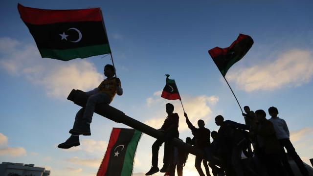 "Líbia: Comunidade internacional abandona ""milhares"" de migrantes"