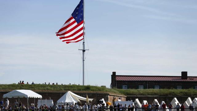 Embaixadora norte-americana quer dispensar visto dos polacos para os EUA
