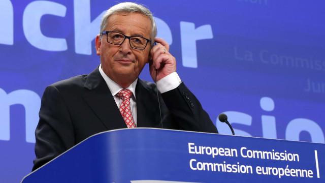 Juncker dança antes de discurso. Estaria a fazer troça de May?