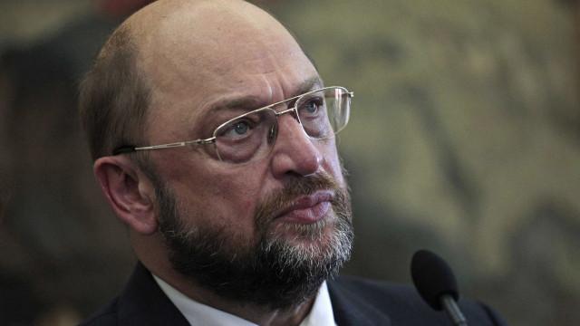 Aprovada condenação do PSD a Schulz, apesar de críticas à Esquerda