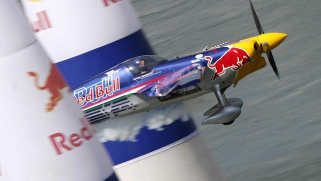 Interpol procura herdeiro da Red Bull por matar polícia