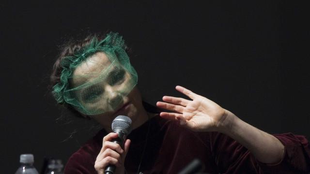 A mais recente apoiante das moedas digitais é... Björk