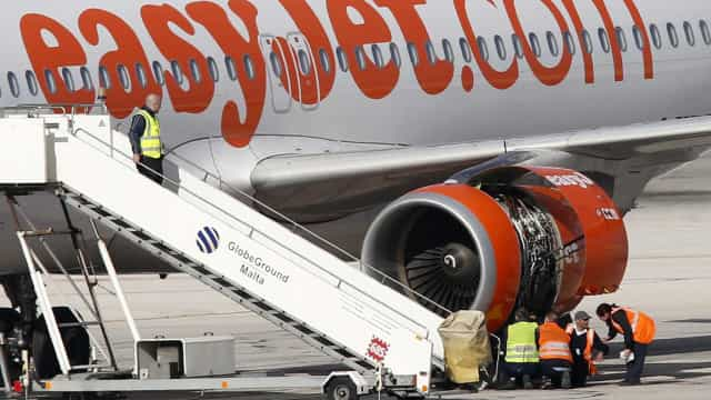 Menor que viajava sozinho impedido de viajar pela Easy Jet