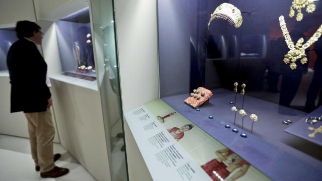 Exposição com a arte que o açúcar da Madeira comprou inaugurada hoje