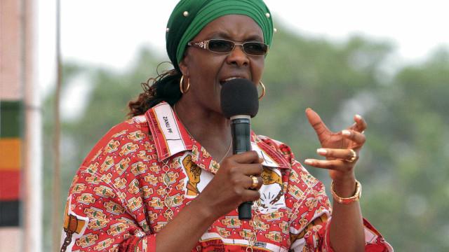 Justiça sul-africana retira imunidade diplomática a Grace Mugabe