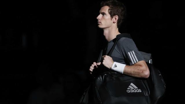"""Djokovic """"chocado"""" e Nadal 'rendido' no adeus de Murray aos courts"""