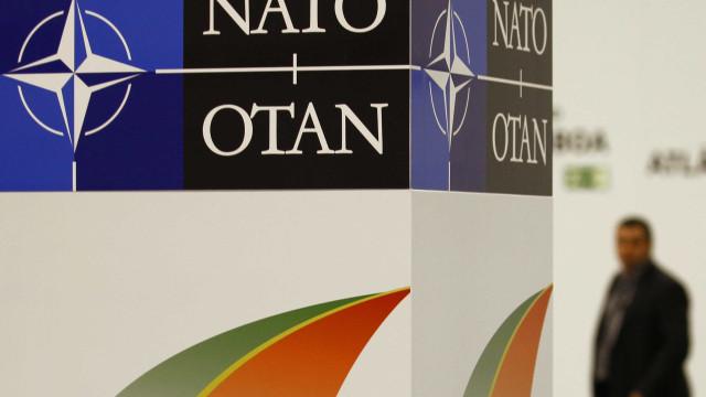 NATO promete mais ajuda à Ucrânia para lidar com ameaça russa