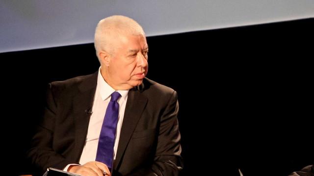 Teixeira dos Santos espera que correção orçamental não seja comprometida
