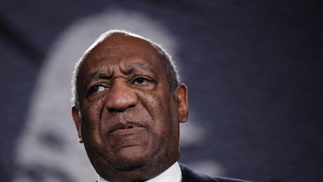 Passeio da Fama: Estrela de Bill Cosby vandalizada