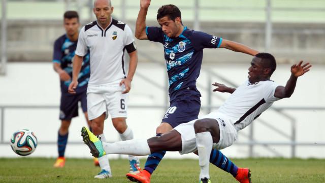 Oficial: FC Porto volta a ceder Ivo Rodrigues