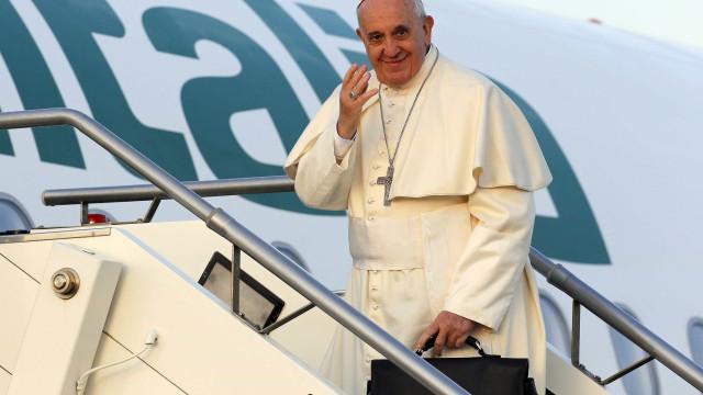 Papa vai reunir-se com migrantes e visitar escola de imãs em Marrocos