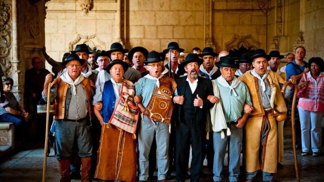 Maratona de 15 horas de cante alentejano junta 21 grupos em Cuba