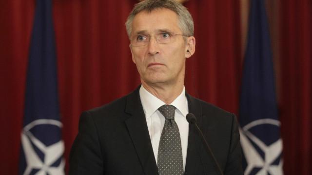 Rússia vai responder a manobras da NATO com teste de mísseis