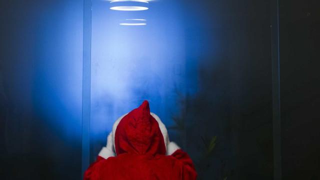 """Pai Natal arrancou barba e gritou: """"Saiam daqui!"""". Pais revoltam-se"""