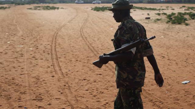 Jovem mata seis colegas a tiro no Quénia. Foi morto pela multidão