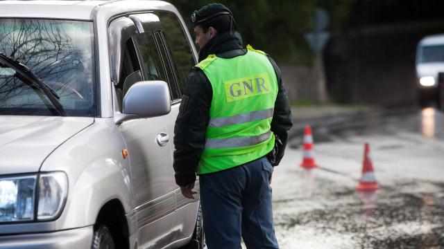 Ano Novo: GNR já deteve 108 pessoas por conduzirem com excesso de álcool