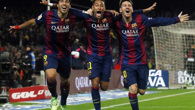 """A emotiva carta de Neymar ao """"ídolo"""" Messi e ao """"gordo"""" Luis Suárez"""