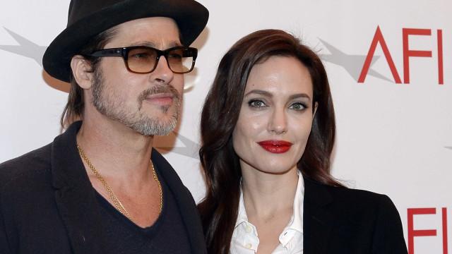 """Brad Pitt """"triste"""" por Angelina Jolie deixar o seu sobrenome"""