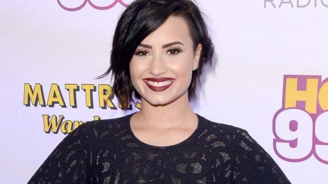 Loira ou morena? Demi Lovato mudou (novamente) de visual