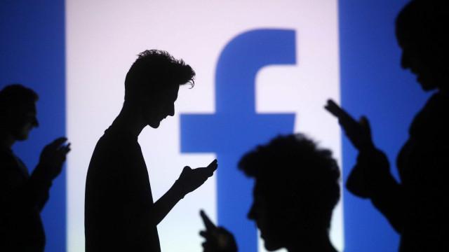 Tem conta no Facebook? Saiba qual destas 20 personalidades é a sua