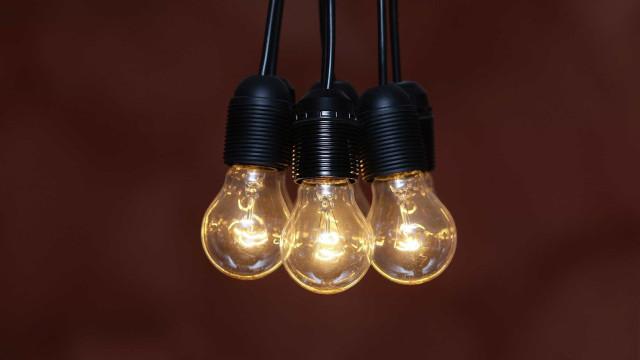 É oficial: Preço da luz desce 3,5% em mercado regulado em 2019