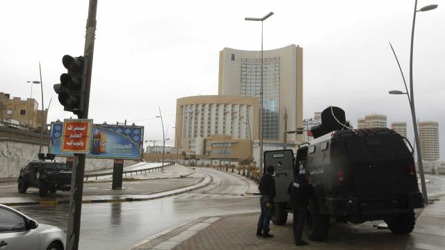 Governo de união líbio anuncia novo cessar-fogo em Tripoli