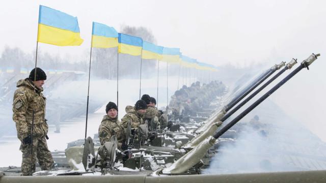 Dois pilotos morrem em exercício militar conjunto EUA/Ucrânia