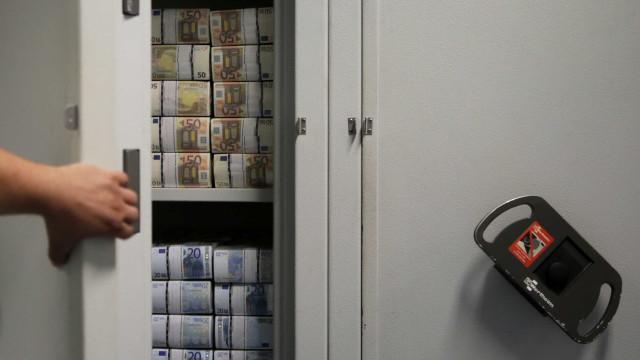 Alterações em contratos de Obras Públicas geraram despesa de 3,9 milhões